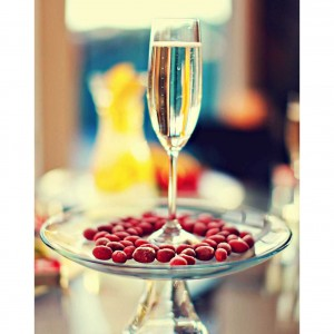 Champagne and taami berry